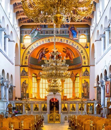 In der Kirche des Heiligen Dimitros